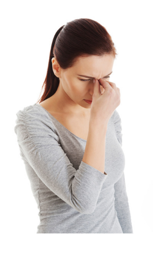 a Lady wondering if a humidifier can help prevent her sinusitis problem